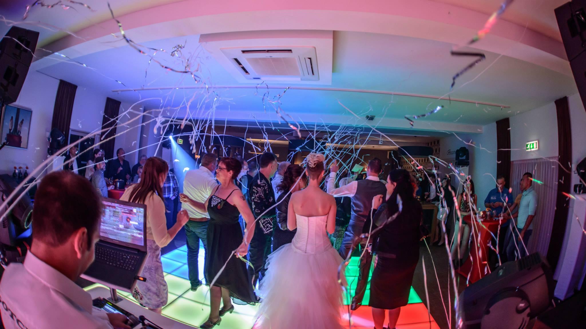 Hardcore bruiloft